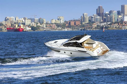 Azimut Atlantis 34 turning