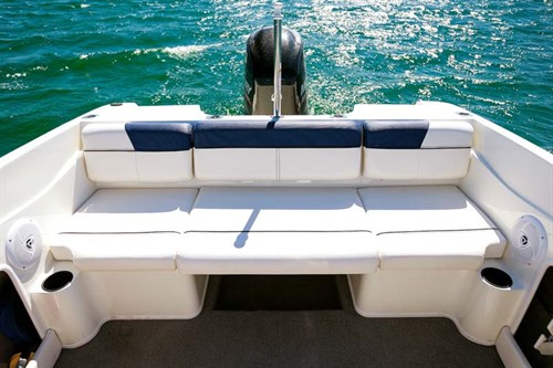 Rear lounge on Bayliner 170 Outboard boat