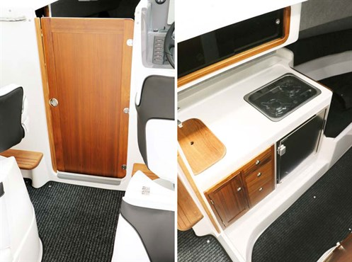 Rayglass Legend 2800 interior